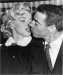 1954_01_14_marilyn_joe_wed_01_040_1