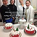 L'atelier pâte a sucre à notre laboratoire.... quelques belles idées de décoration gâteau pour noël!