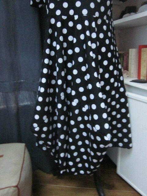 Robe EULALIE en coton BUBBLE noir à grosses pastilles blanches (4)