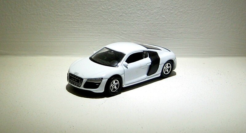 Audi R8 V10 (ref 58251) (Welly-retrofriction)