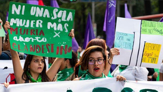 Manifestacion-aborto-legal_EDIIMA20180820_0550_20