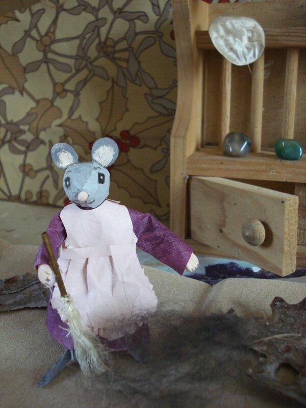 petite souris ménagèreDSC02701