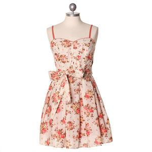 tell_me_in_sweet_fragrance_sweetheart_dress_64