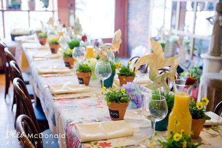 summer_wedding_ideas_diy_paper_pinwheels_yellow_flowers