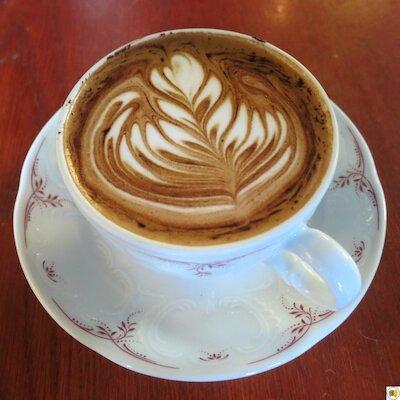 Café Lomi (16)