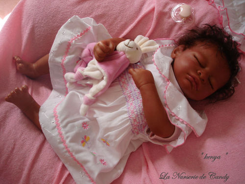 bébé fille reborn
