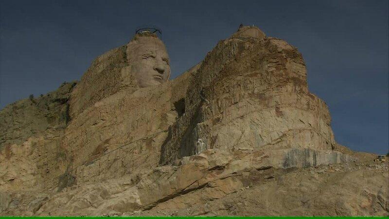 143386256-north-american-tribal-culture-crazy-horse-memorial-badlands-hero