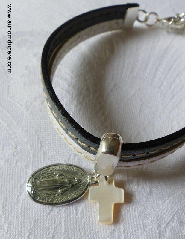 Bracelet cuir Marie (gris et blanc) détails - 21 €