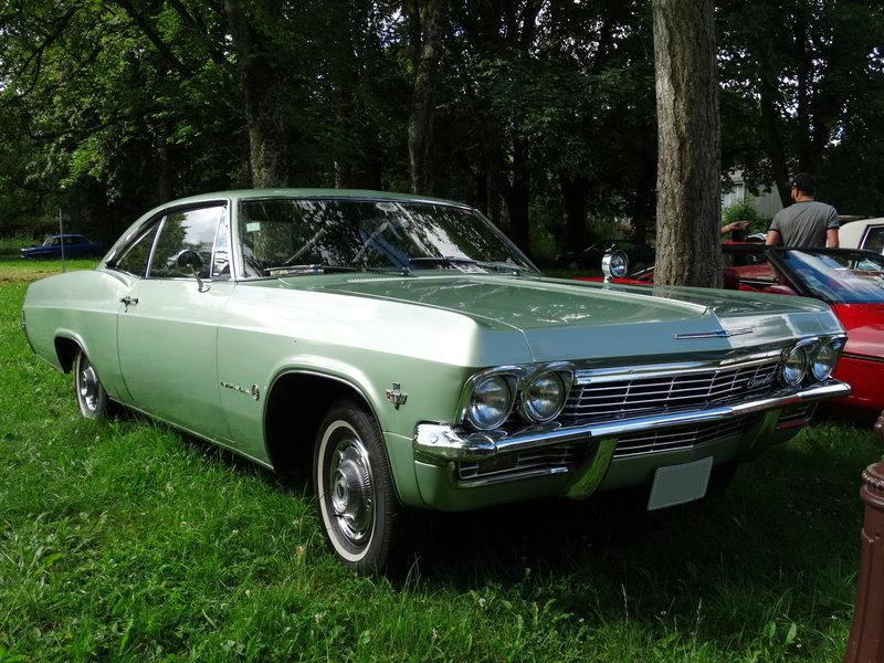 CHEVROLET Impala 2door hardtop 1965 Lons le Saunier (1)