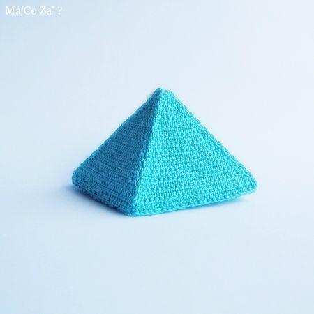 Pyramide Boite Trésor au crochet