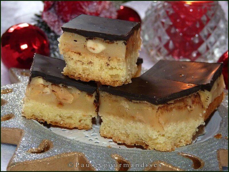 Carrés sablés caramel cacahuètes chocolat noir (25)