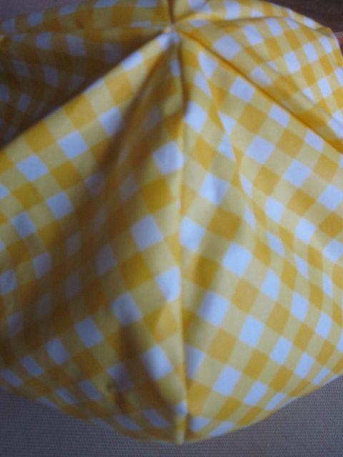 Chapeau de pluie vichy jaune (5)