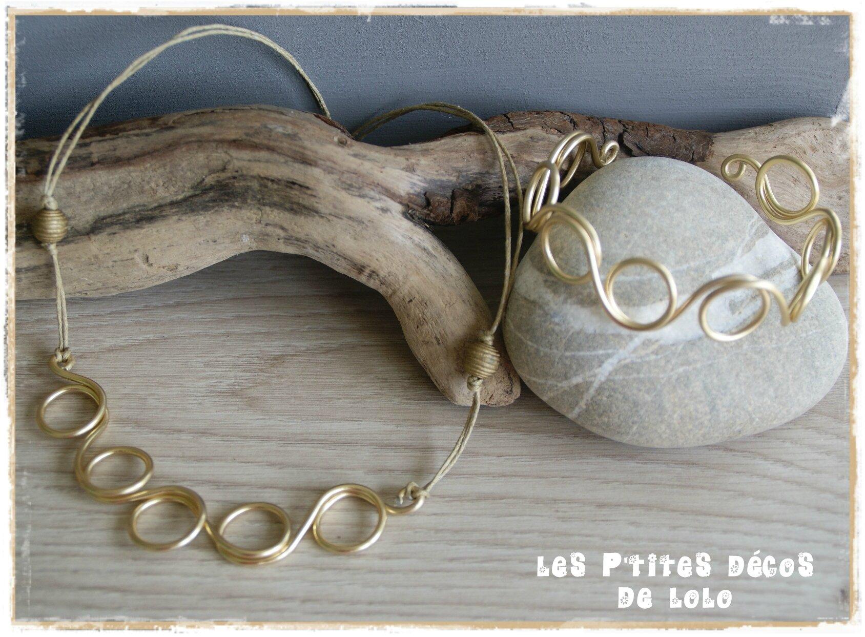 Bracelet et collier en fil d'alu