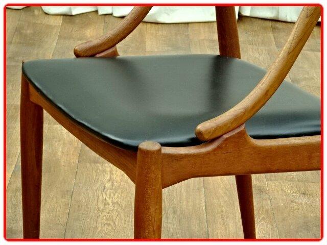 chaises danoises J. Andersen