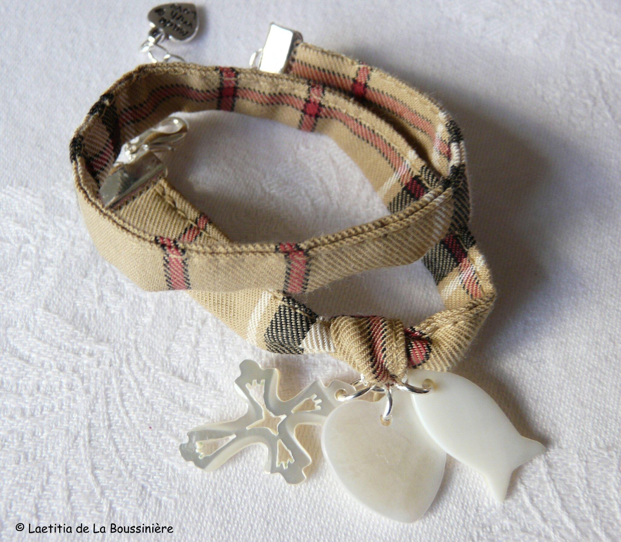 Bracelet double tour sur ruban Foi, Espérance et Charité (nacre)
