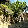 Pérouges ruelle avril_8142