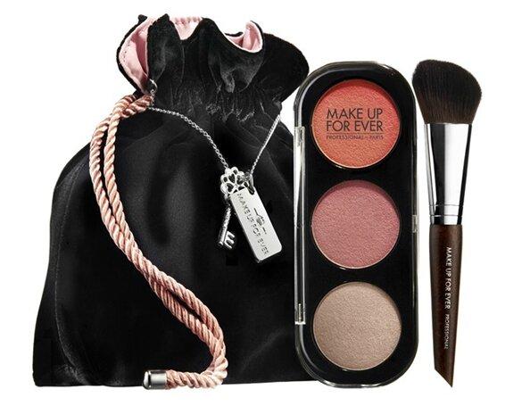 103114-50-shades-makeup-594