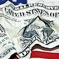 1,8 milliard de dollars par jour, c'est le budget militaire us officiel, financé par le reste du monde