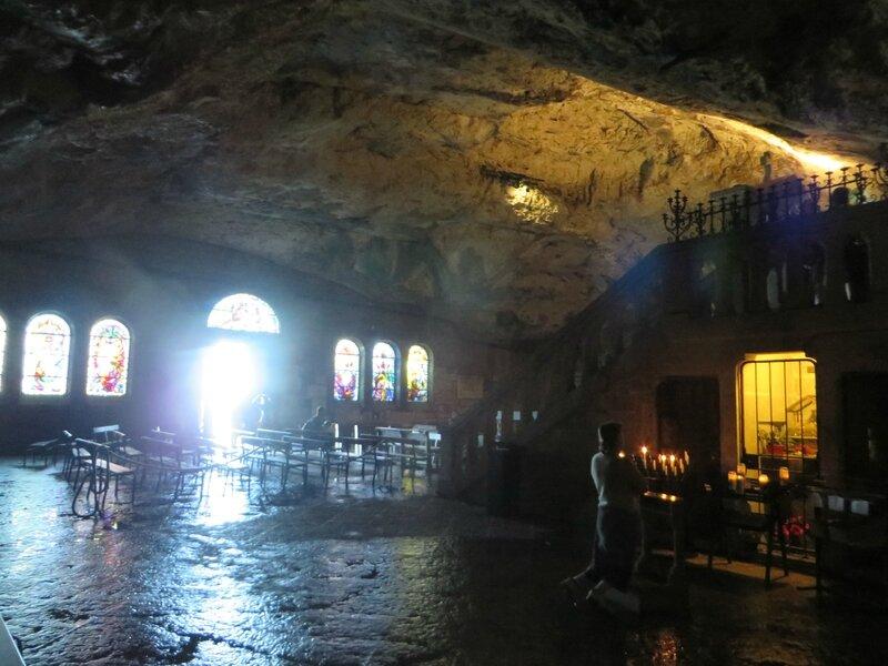 Intérieur de la cavité - Grotte de Sainte Baume