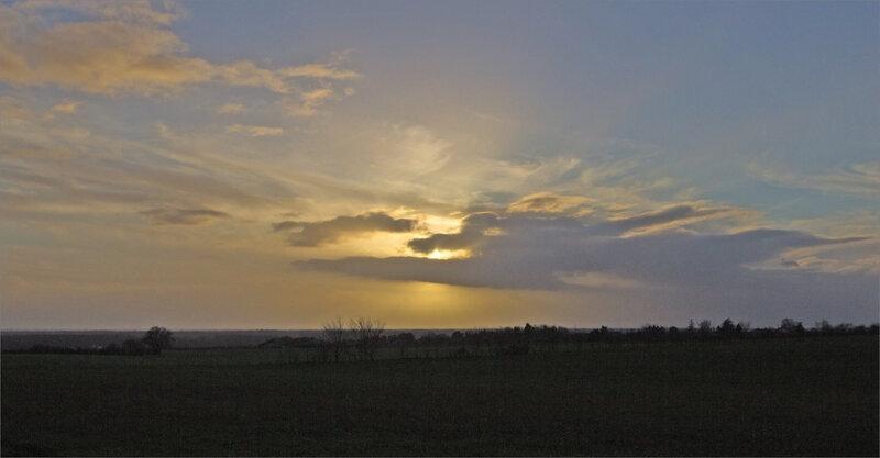 Tempête Bella soir paysage 281220 3 ym nuages croque soleil