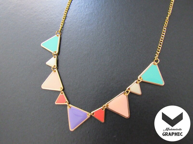 collier-collier-breloques-triangles-emaill-15842903-img-1214-jpg-200f1d-abb7a_big