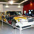 Lincoln town car stretch limousine aérographe camel par janny's art 1993