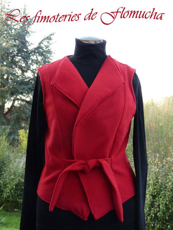 GILET_POLAIRE_ROUGE