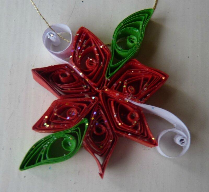 Déco de Noël en quilling (14)