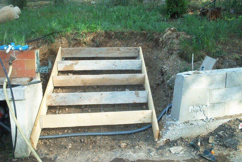 Coffrage des escaliers - Photo de Mes mimines font du béton ...