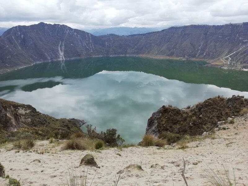 Vue bien méritée après 14 kms de randonnée, sur la lagune du Quilotoa.