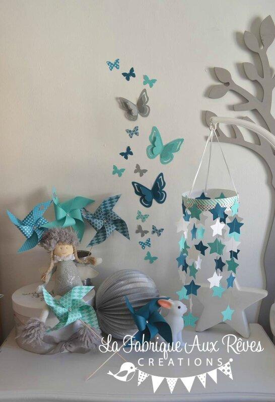 décoration chambre bébé étoiles moulins à vent papillons turquoise caraïbe pétrole blanc bleu canard 2