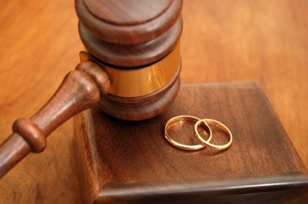 large-حالة-طلاق-جديدة-كل-10-دقائق-في-الجزائر-cbe3b