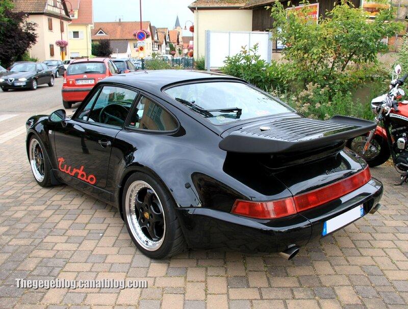 Porsche 911 turbo (Retrorencard aout 2013) 02