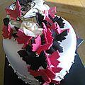 Papillons rose et noir