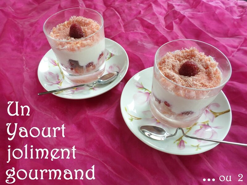 yaourt-framboises-biscuit-rose