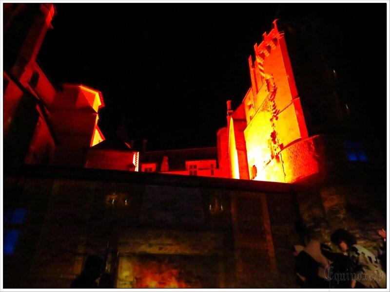 Foulques Nerra incendie le Château de Saumur- an mil (1)