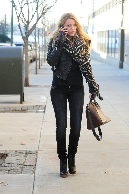 Blake Lively - Jeans Candids in Cambridge-02