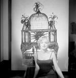 1954-ny-77_street-mm_in_dress-birdcage-014-1