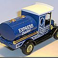 Y-3 Ford Model T Tanker Express Dairy A 2