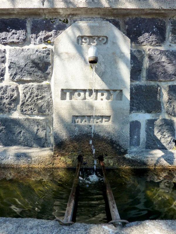 fontaine à Laschamps