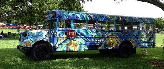 logo bus VAn Gogh