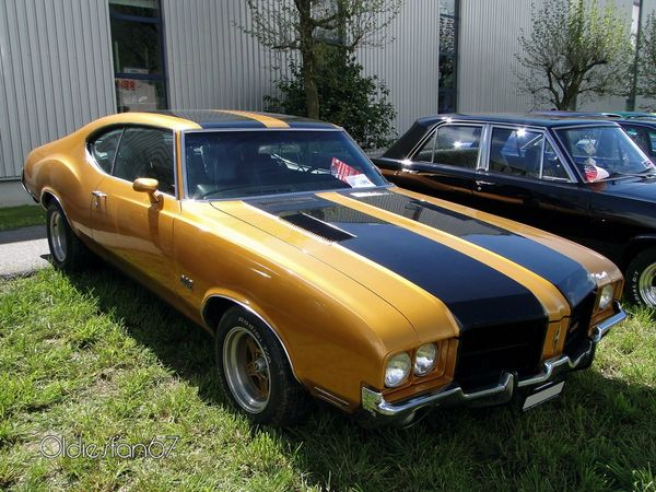 oldsmobile 442 holiday hardtop coupe 1971 a