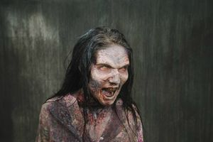 Walking-Dead-Zombie-Look-11-590x393