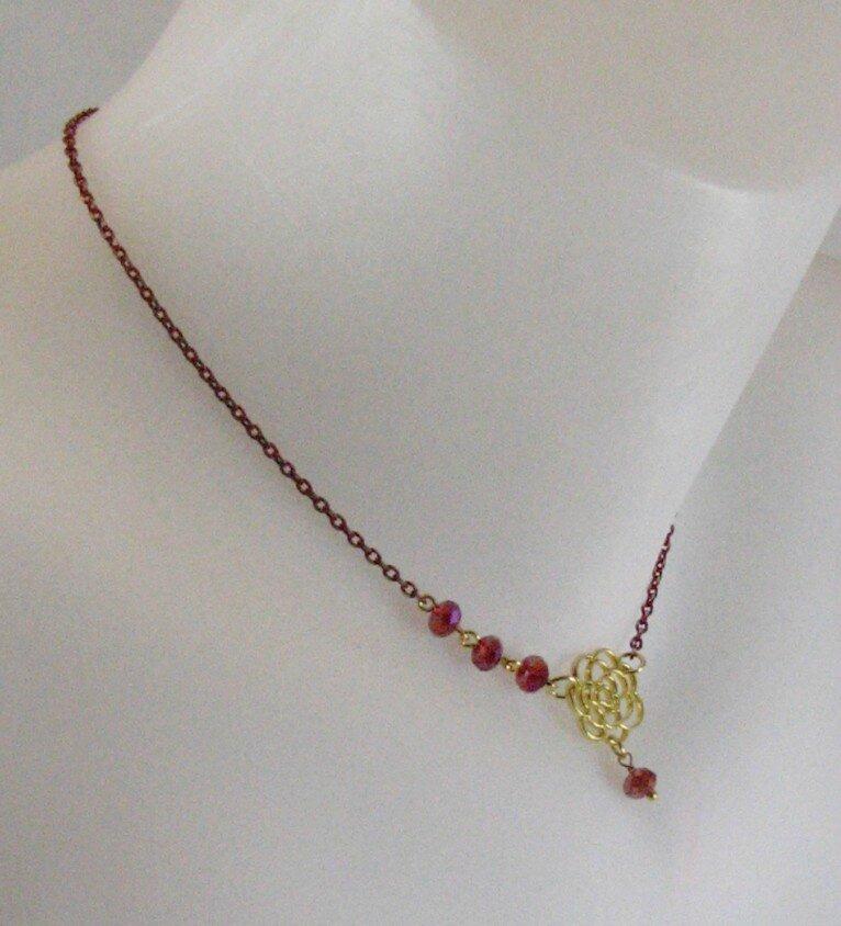 collier bijou de dos petite fleur