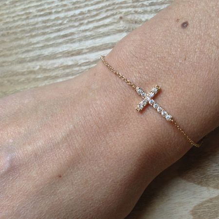 bracelet-croix-in-the-mood
