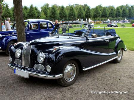 Bmw_501_V8_cabriolet_Baur_de_1955__9_me_Classic_Gala_de_Schwetzingen_2011__01
