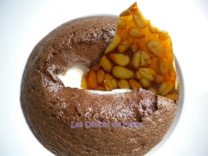 Mousse au chocolat chaude, glace vanille et nougatine aux pignons de pin 4