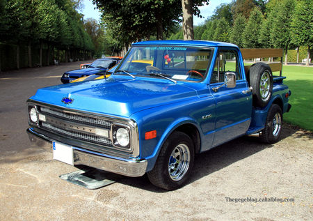 Chevrolet_C10_pick__up_5