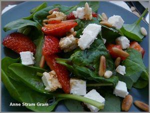 Salade épinard fraise feta