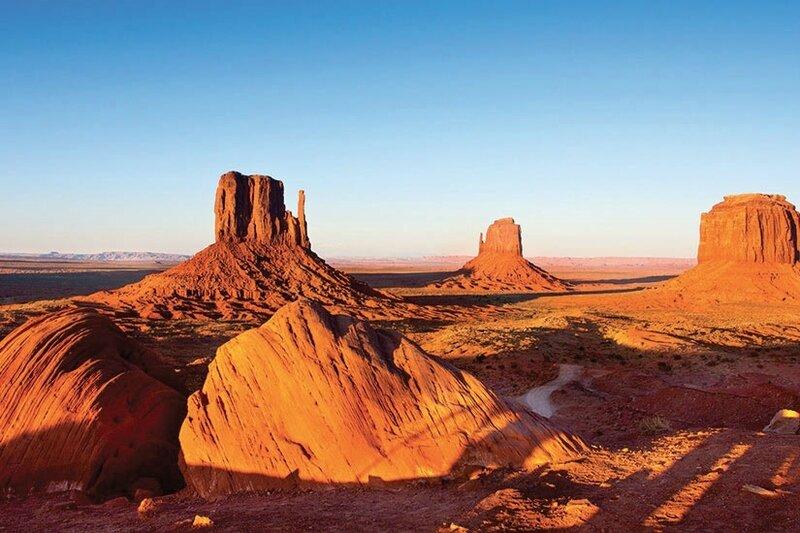 (Image)-image-Etats-Unis-Arizona-Monument-Valley-200-fo_46323909-09032017